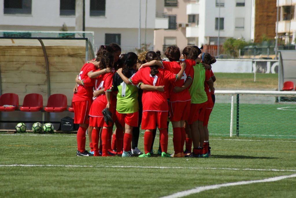 009770931a E.F.F.S. v C.A.C. (Pontinha) - Escola de Futebol Feminino de Setúbal